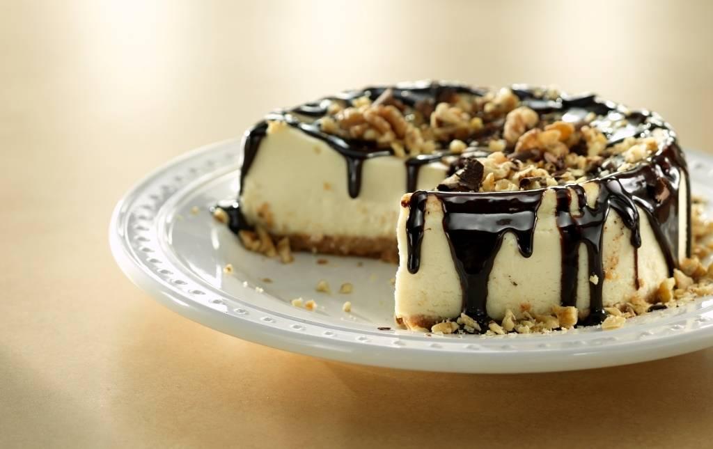 CAKE-PIE-PANS-HERO